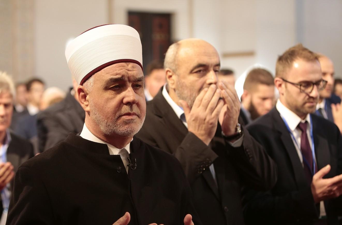 Reisu-l-ulema: Volio bih da nas ramazan sve više uljudi, od političara, intelektualaca i novinara