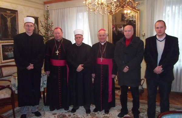 blusrcu.ba-Muftija Čamd�ić posjetio biskupa Komaricu