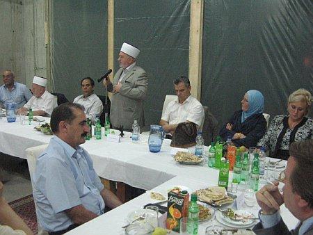 iftar-kovaci-2010-obracanje-reisu-l-uleme